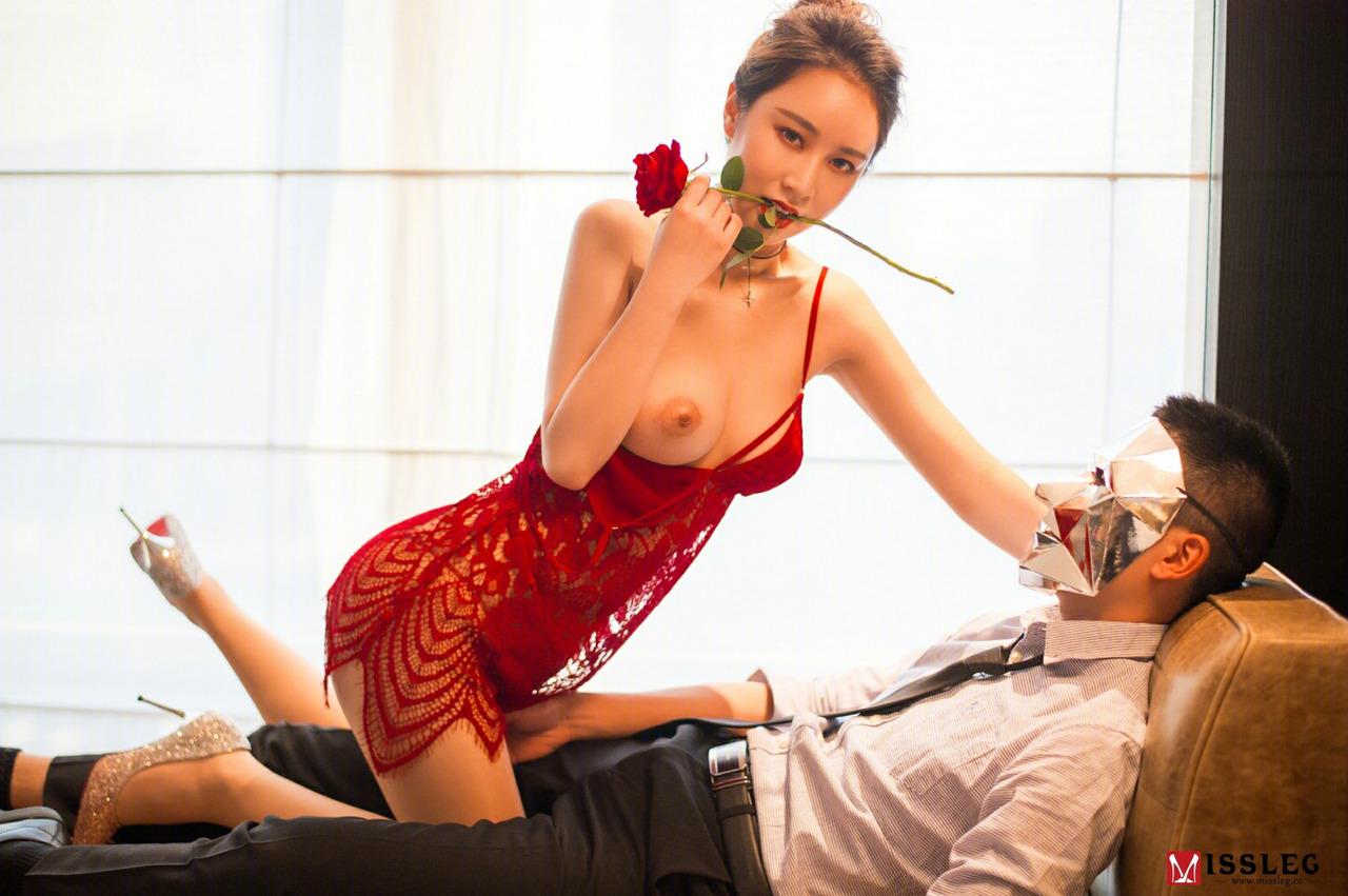 Chinese Model Qiao Li Yin 乔依琳 Miss Leg F001 (41 Pict)