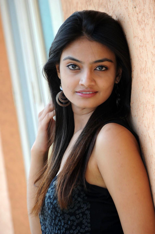 Nice N Cute Wallpapers Nikitha Narayan Cute In Black 1 Beautiful Indian Actress