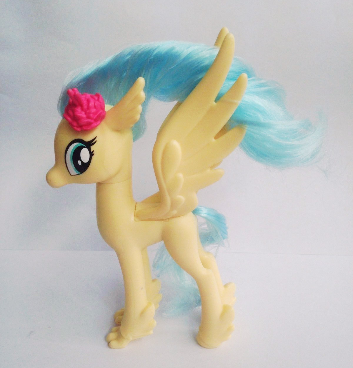 Princess Skystar Hippogriff And Songbird Serenade Already On Ebay Mlp Merch