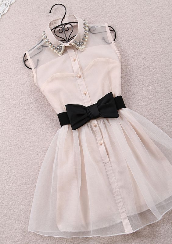 Cute-short-chiffon-dress