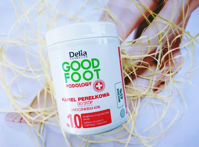 delia, Delia Good Foot Podology. Ekspresowy krem do usuwania zrogowaceń, efekt w 15 minut Delia, Maska do stóp wygładzająco - regenerująca, efekt w 30 minut Delia, Krem-Pianka do stóp lekka formuła Delia, Peeling do suchej i szorstkiej skóry stóp Delia, Kąpiel perełkowa do stóp z mocznikiem 45% Delia, pielęgnacja stóp, dbanie o stopy, złuszczanie naskórka,