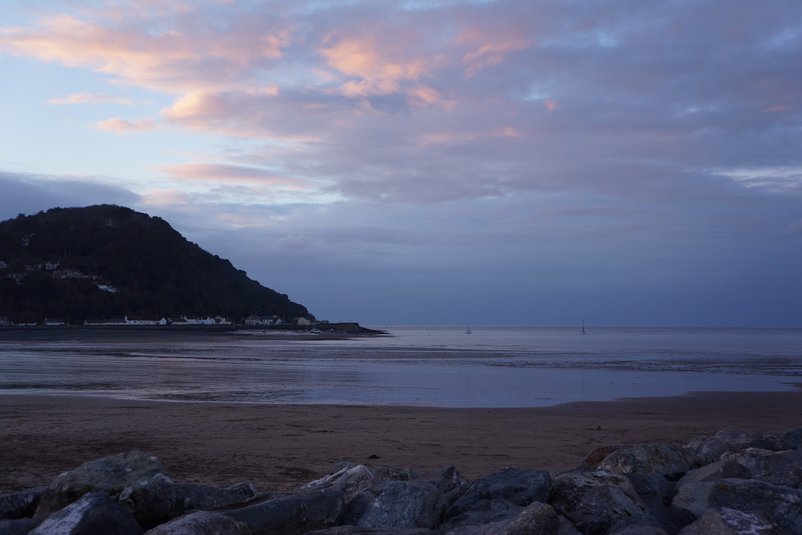 butlins minehead beach in the evening light