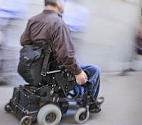 Resultado de imagen para persona silla de ruedas electrica