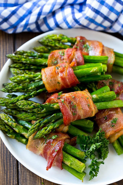 Bacon-wrapped asparagus from Dinner at the Zoo; used with permission.