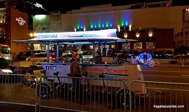 Party bikes: bares móveis em Nashville, Tenessi