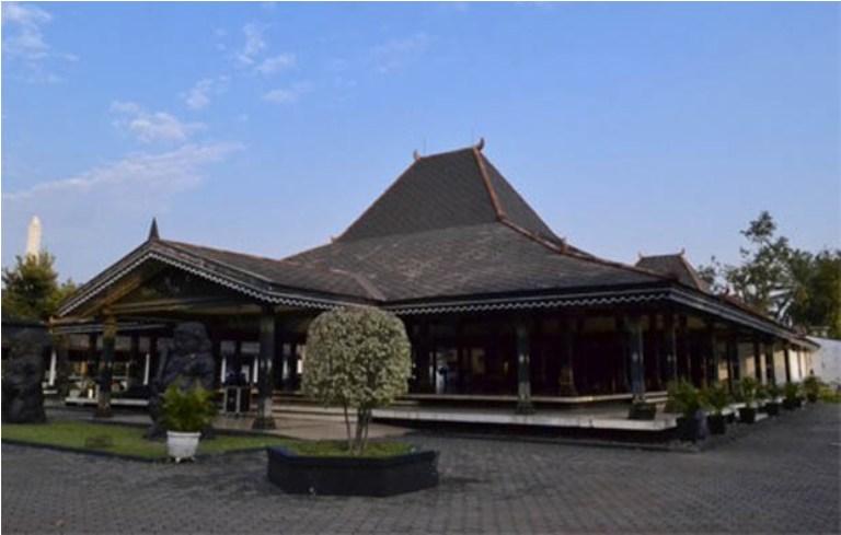 Gambar Rumah Adat Jawa Timur beserta Penjelasan dan