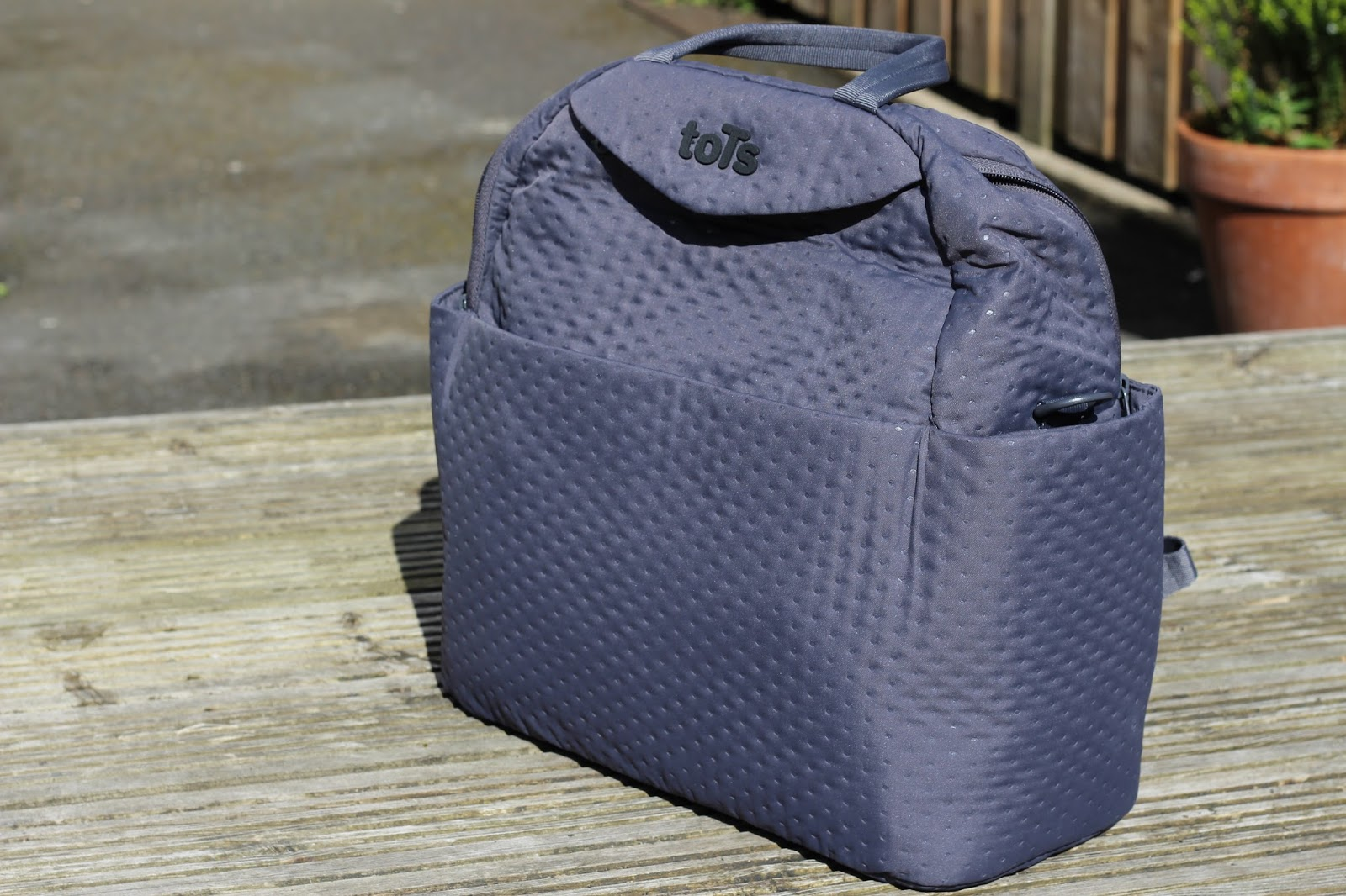 088d7737836 toTs Infinity Changing bag / Tea and blush