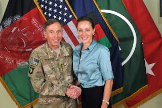 Both women in Petraeus scandal lose security clearance