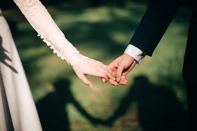 8 kriteria yang perlu diperhatikan dalam memilih calon suami idaman