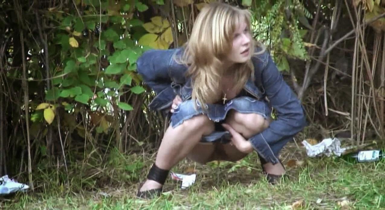 вот, например, видео молодые писают подсмотренное девушка вырастет поймет