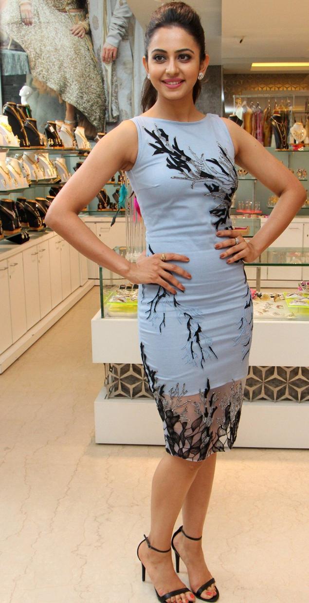 Rakul Preet Singh Long Legs Thigh Show In Mini Blue Skirt