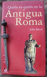 Portada del libro Quién es quien en la Antigua Roma, de John Hazel