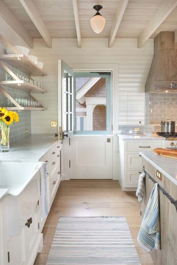 Crushing on..Dutch doors