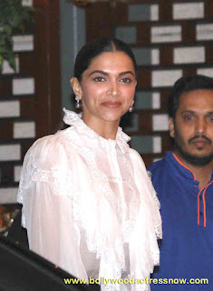 Bollywood Star Deepika Padukone at  party with the Mumbai Indians 03