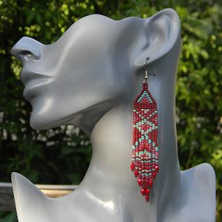 яркие длинные этнические серьги из бисера бохо
