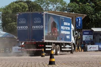 Tector esquenta os motores para a segunda etapa da Gincana do Caminhoneiro em Jacupiranga