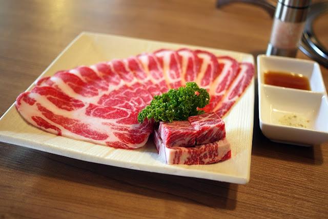 油花漂亮的西班牙伊比利豬在雲火日式燒肉