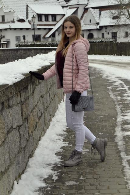 322. Think pink- zimowy look& walentynki w Kazimierzu Dolnym ♥