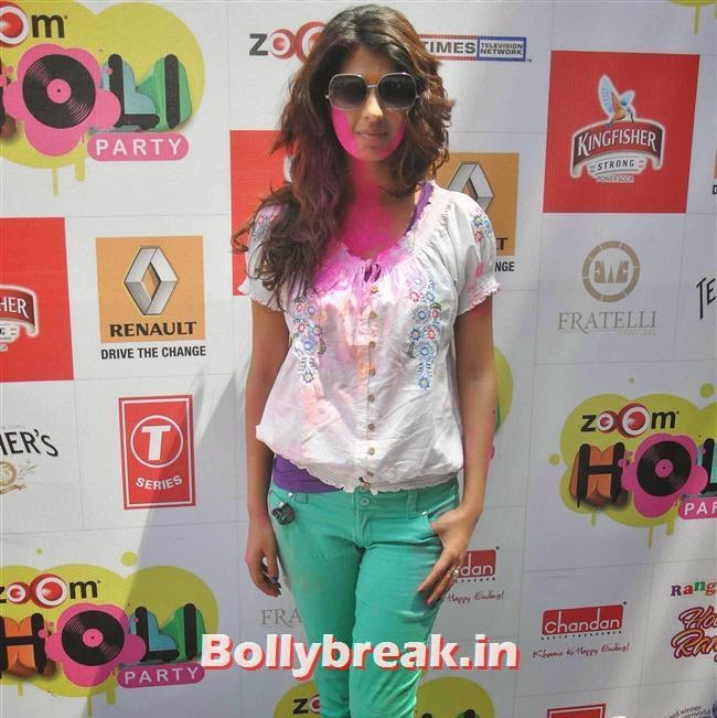 Aishwarya Sakhuja, Sunny, Tanisha, Poonam & Kainaat at Zoom Holi Party 2014