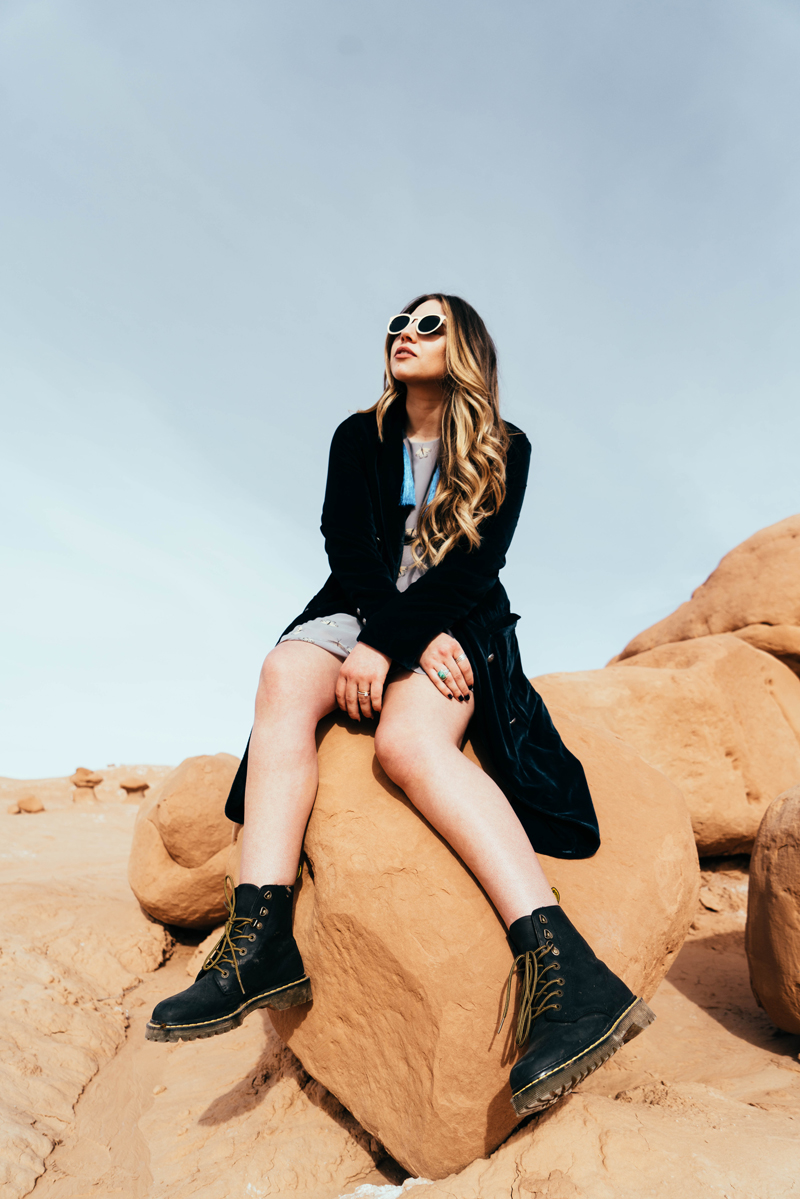 retro sunglasses, black boots, influencer