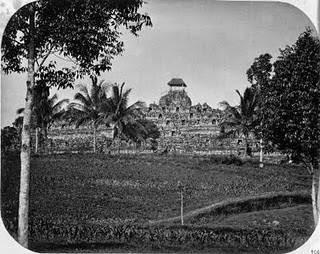 Biara di Budur istilah awal Candi Borobudur