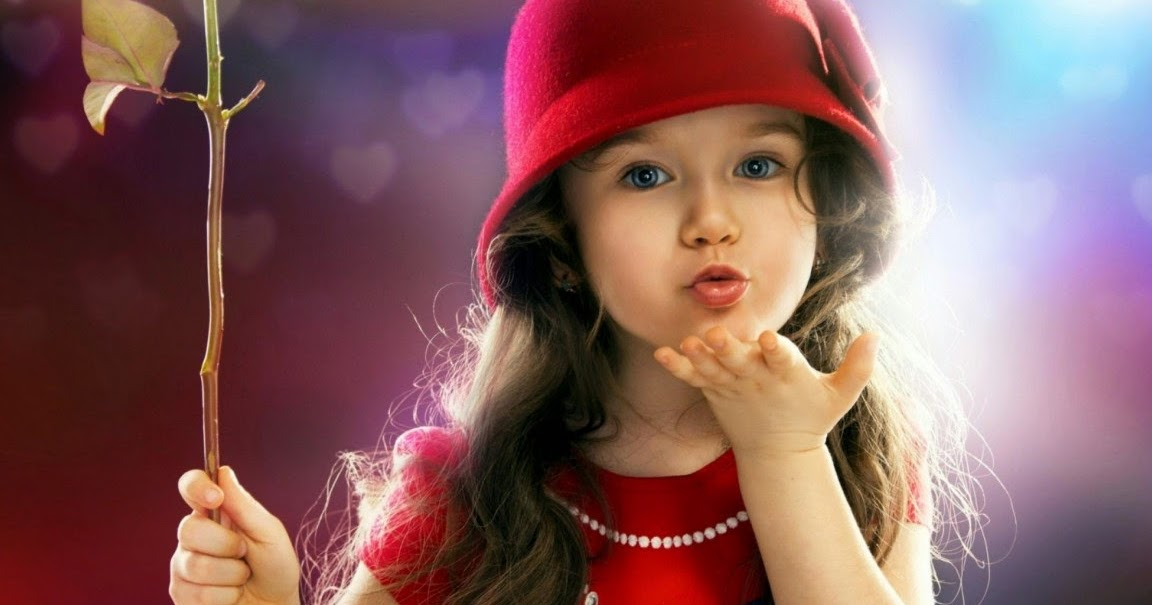 Cute Baby Girls Flying Kiss Creative Hd Wallpapers