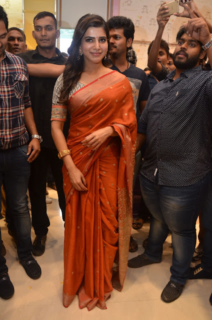 samantha stills at south india shopping mall