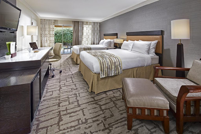 For modern resorts near San Diego, book your next business trip or family getaway at the newly reimagined Hotel Karlan San Diego, a DoubleTree by Hilton.