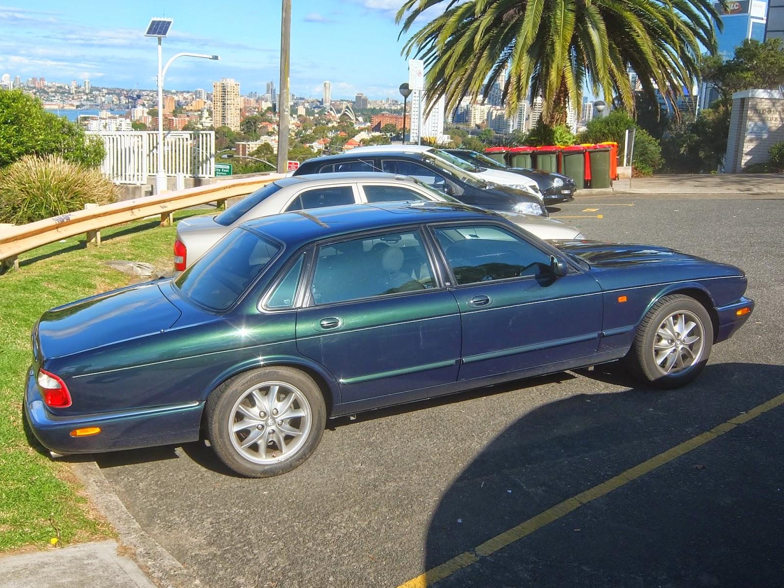 Aussie Old Parked Cars: 2000 Jaguar XJ8 Sport (X308)