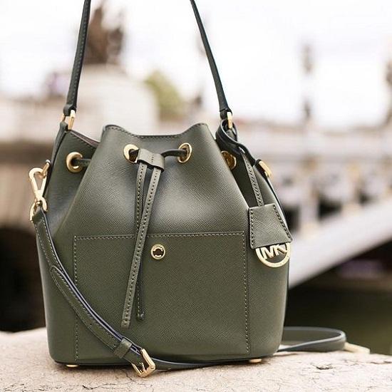tas bucket hijau