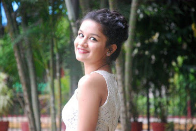avneet kaur photo
