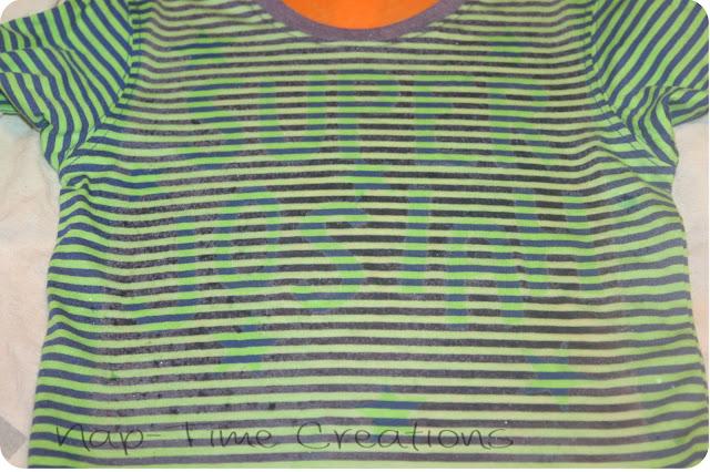 make a cool shirt with bleach