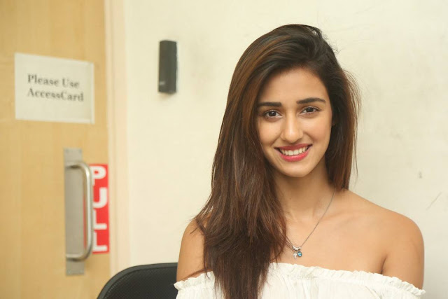 Disha Patani 2015: Disha Patani Latest Photo Stills At Radio City