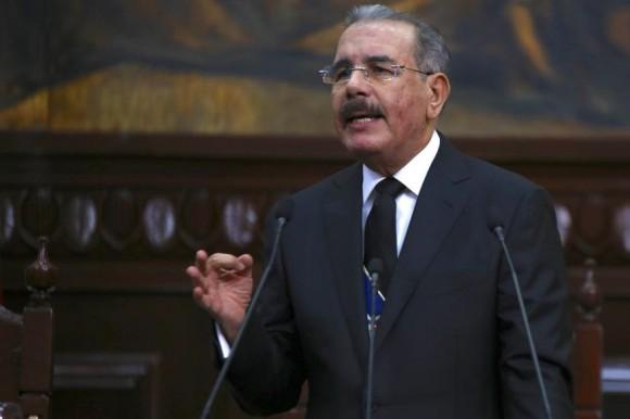 Presidente Medina destaca logros de su gestión y dice el país está cambiando.