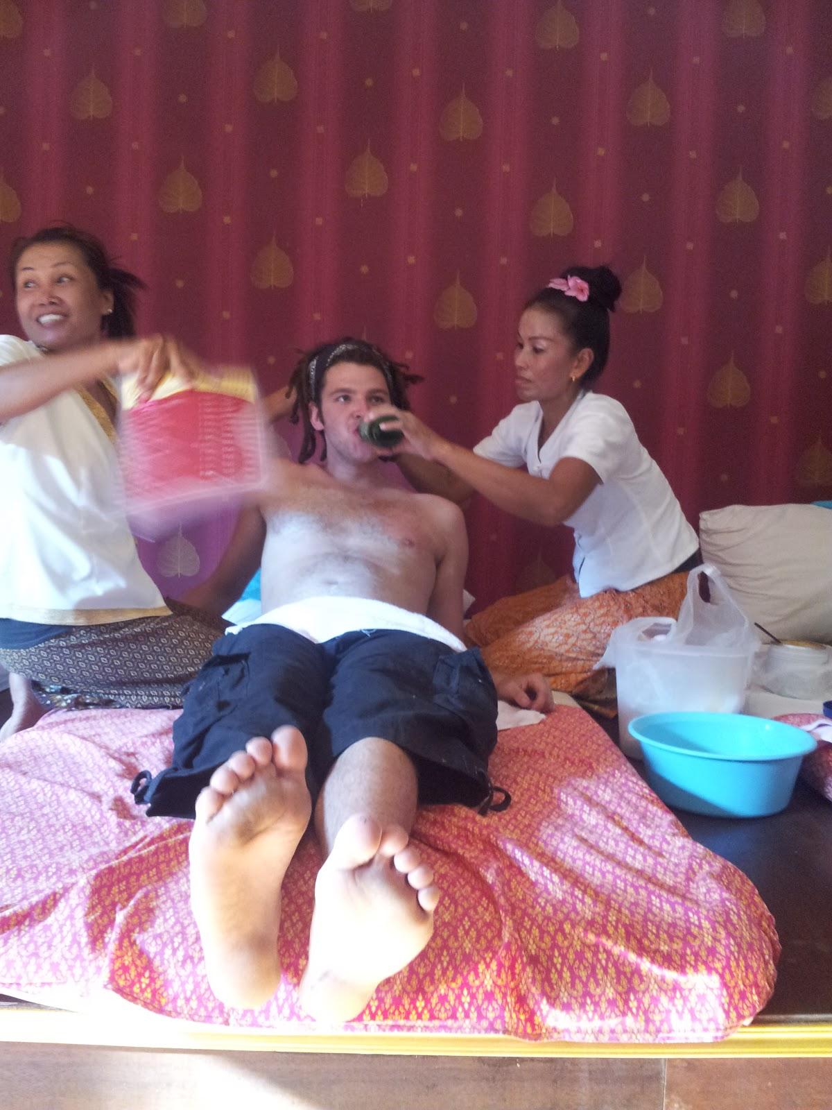 happy endind massage thai massage intim