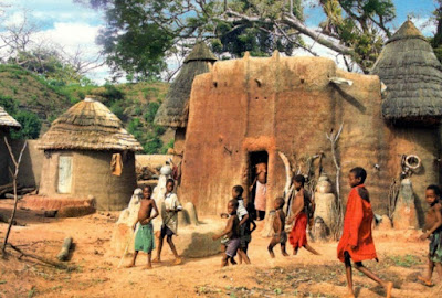 The Koutammakou landscape in north-eastern Togo, which extends into neighbouring Benin, is home to the Batammariba whose remarkable mud tower-houses called Takienta have come to be seen as a symbol of Togo.