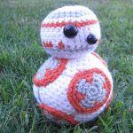 http://www.crochetyamigurumis.com/bb8-star-wars/