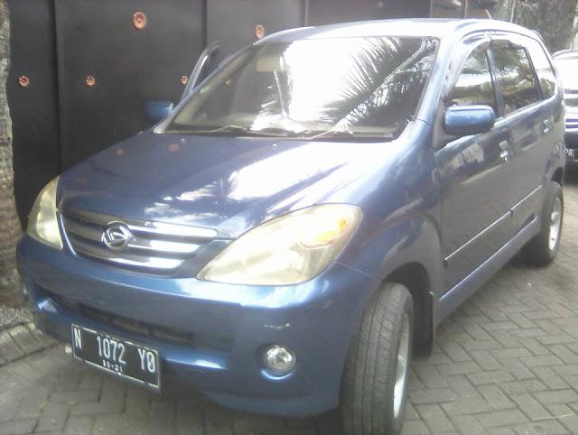 harga bekas Daihatsu Xenia Li tahun 2004