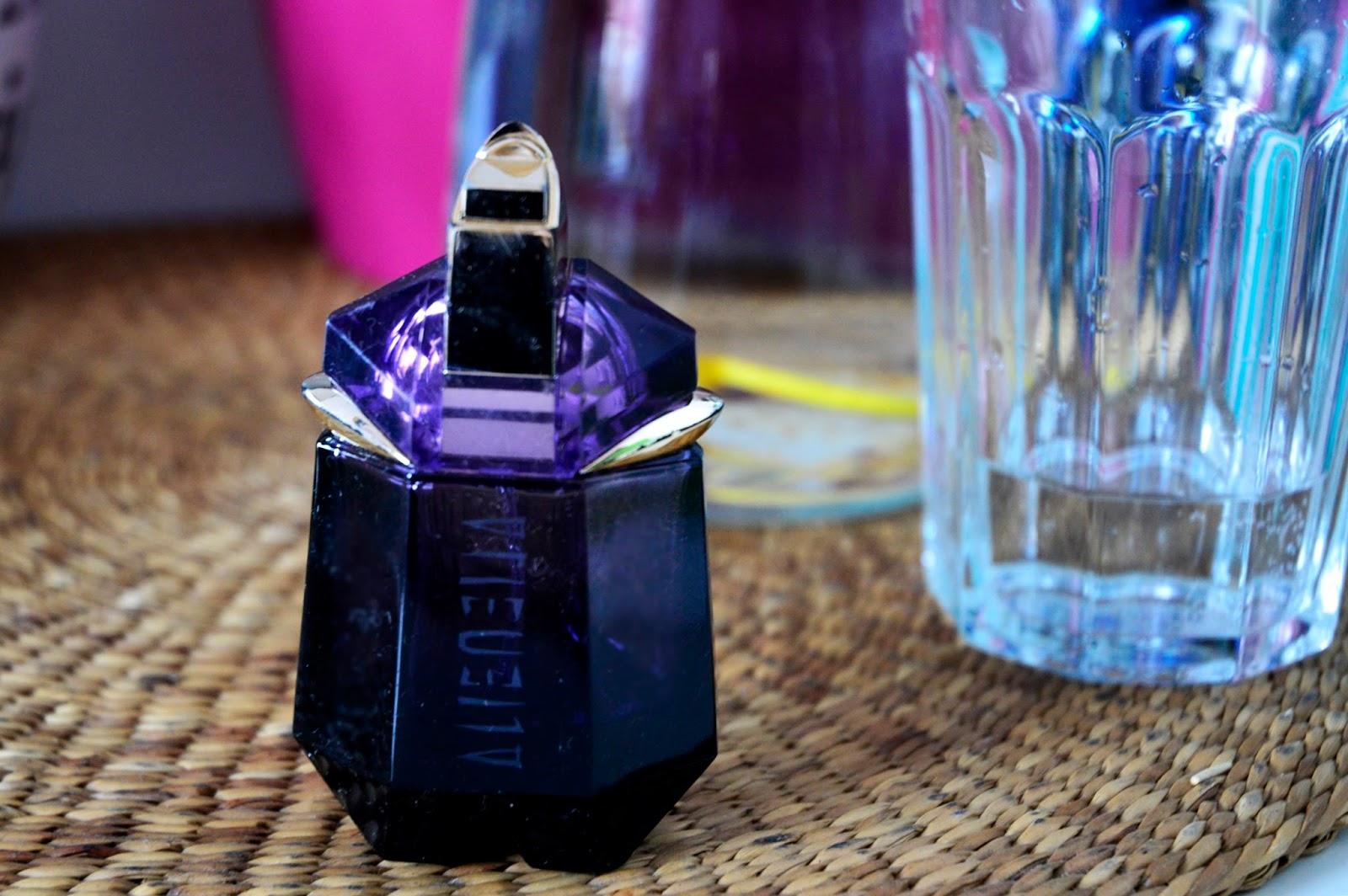 alien_perfumy.JPG