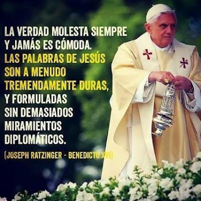 Resultado de imagen para papa Benedicto XVI ante Jesús
