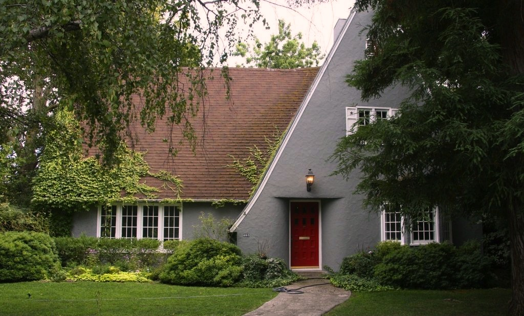 Sweet House Dreams: 1926 Storybook Cottage in Chico, California