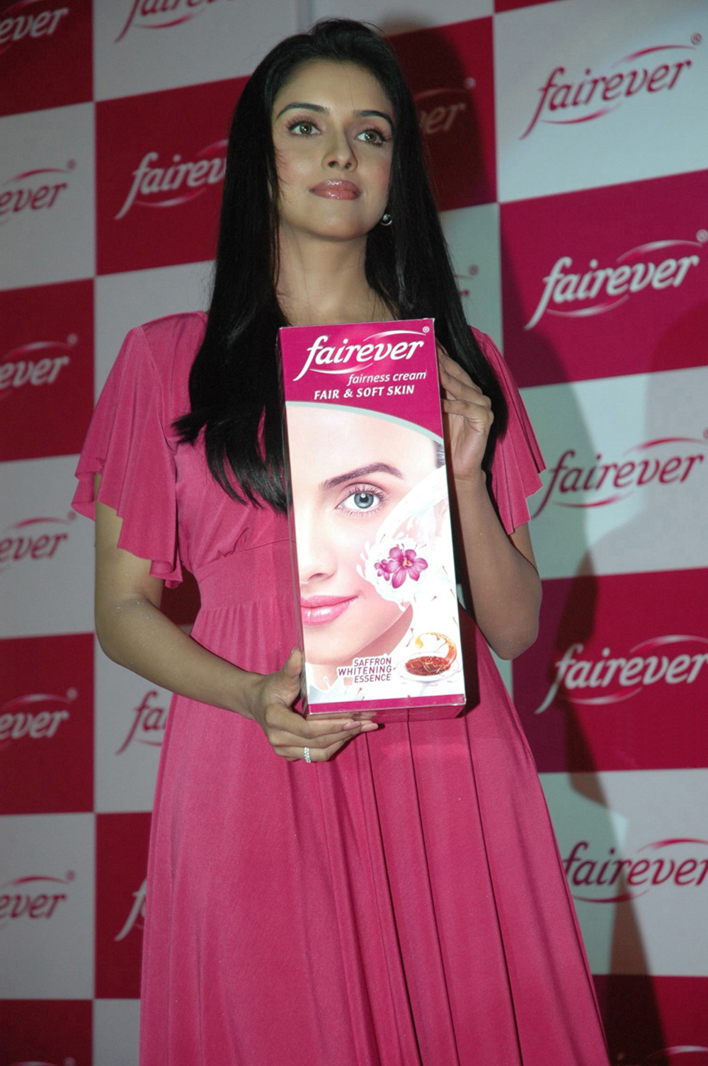 Actress Asin At Fair  Lovely Promotional Event - Trionic -1503