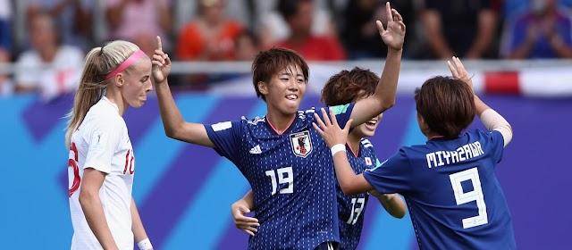 Mundial Sub-20 Feminino dia #9: Anfitriã fora e final definida