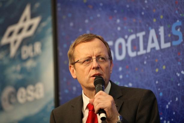 Agencia espacial europea base lunar