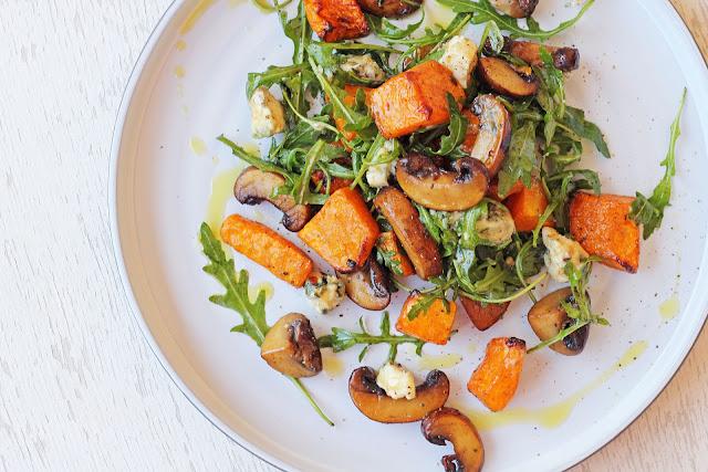 Συνταγή για Ζεστή Σαλάτα με Μανιτάρια και Κολοκύθα