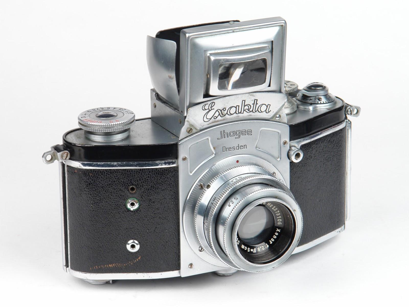 Franke & heidecke rolleiflex membuat kamera pertama menggunakan refleks praktis dengan nama TLR di tahun 1928 pada tahun 1933 SLR mengalami revolusi di