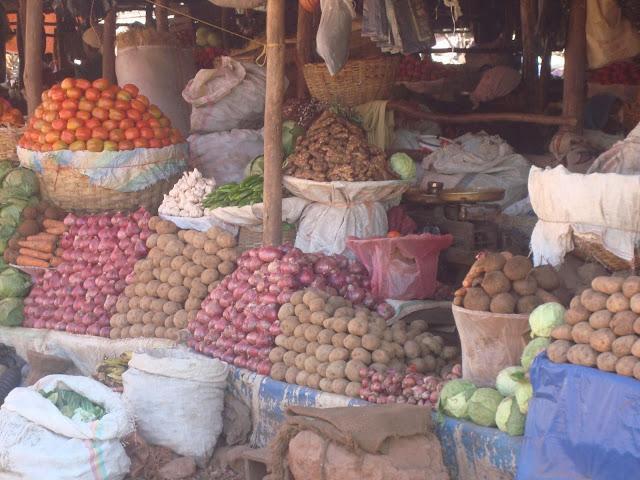 Bidhaa sokoni kwa wajasiriamali Tanzania Soko la Kariakoo Dar es Salaam