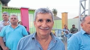 Câmara de Vereadores de Santana do Acaraú concede licença para prefeito suspeito de assassinato