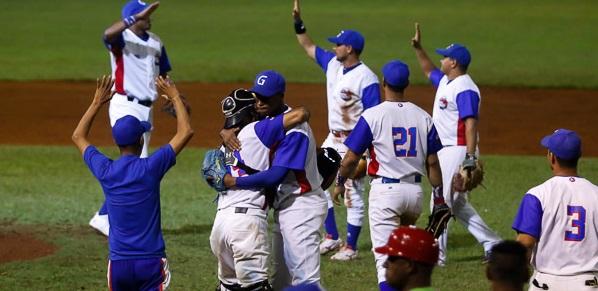 Tres juegos y tres victorias. Así de rápido los Alazanes de Granma le dieron la vuelta a la gran final de la 57 Serie Nacional