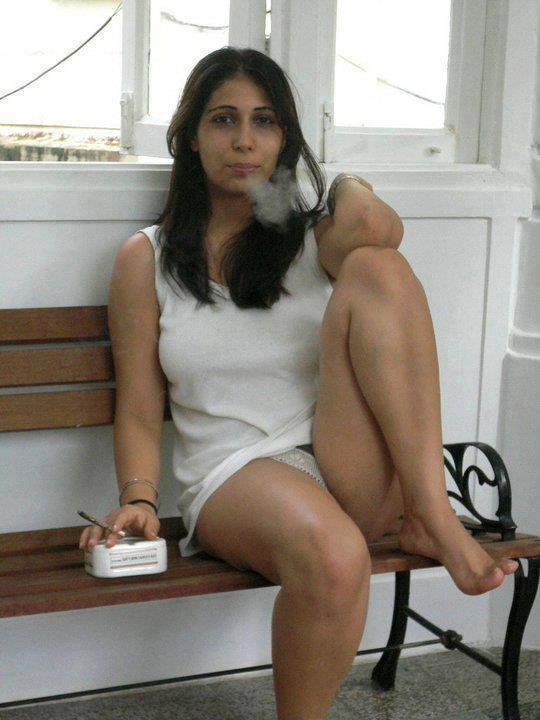 Hot and Sexy Desi Girls Pictures ~ South Indian Actresses Pics